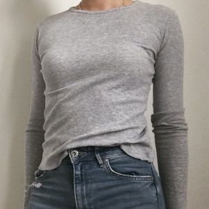 BRANDY MELVILLE GRAY WAFFLE FITTED LONG SLEEVE